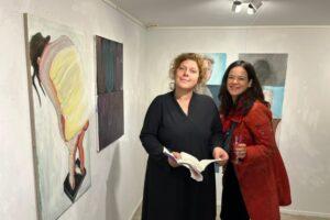 Maritsa van Luttikhuizen en Debbie Voerman (foto Edith Meijering)